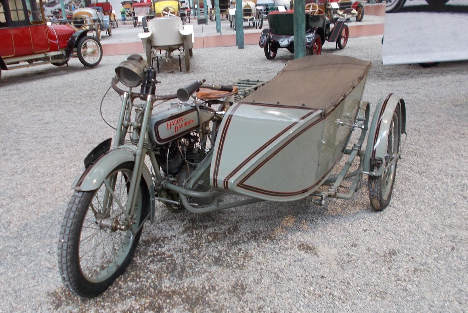 Side Harley