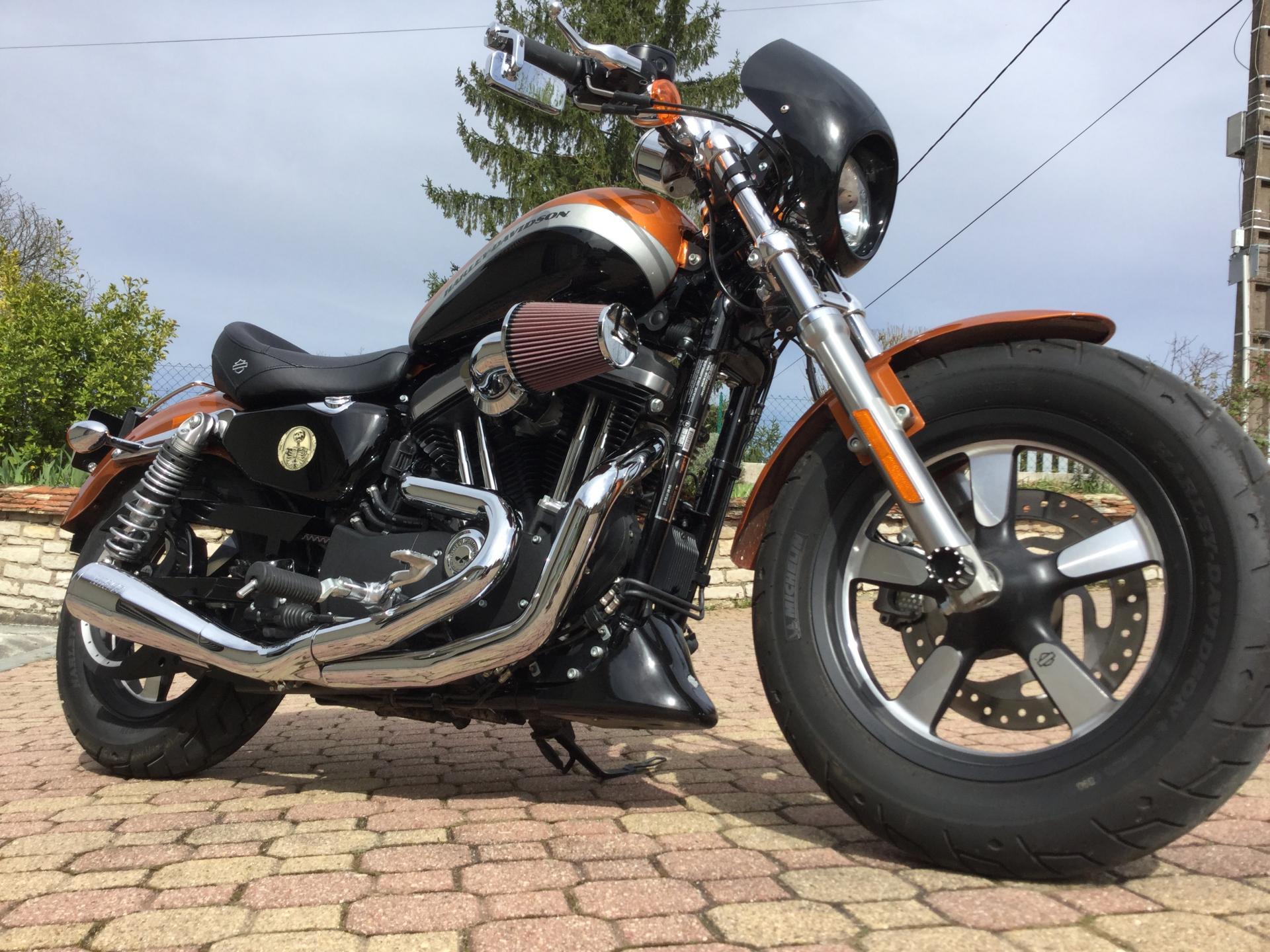 Harley sportster XL1200 CA